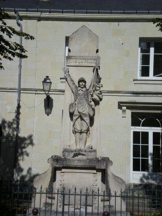 Le monument aux morts de St-Nicolas