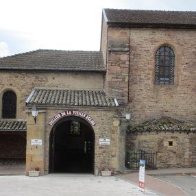 l'ancienne église de Juliénas est un caveau