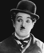 Charlie Chaplin heureux